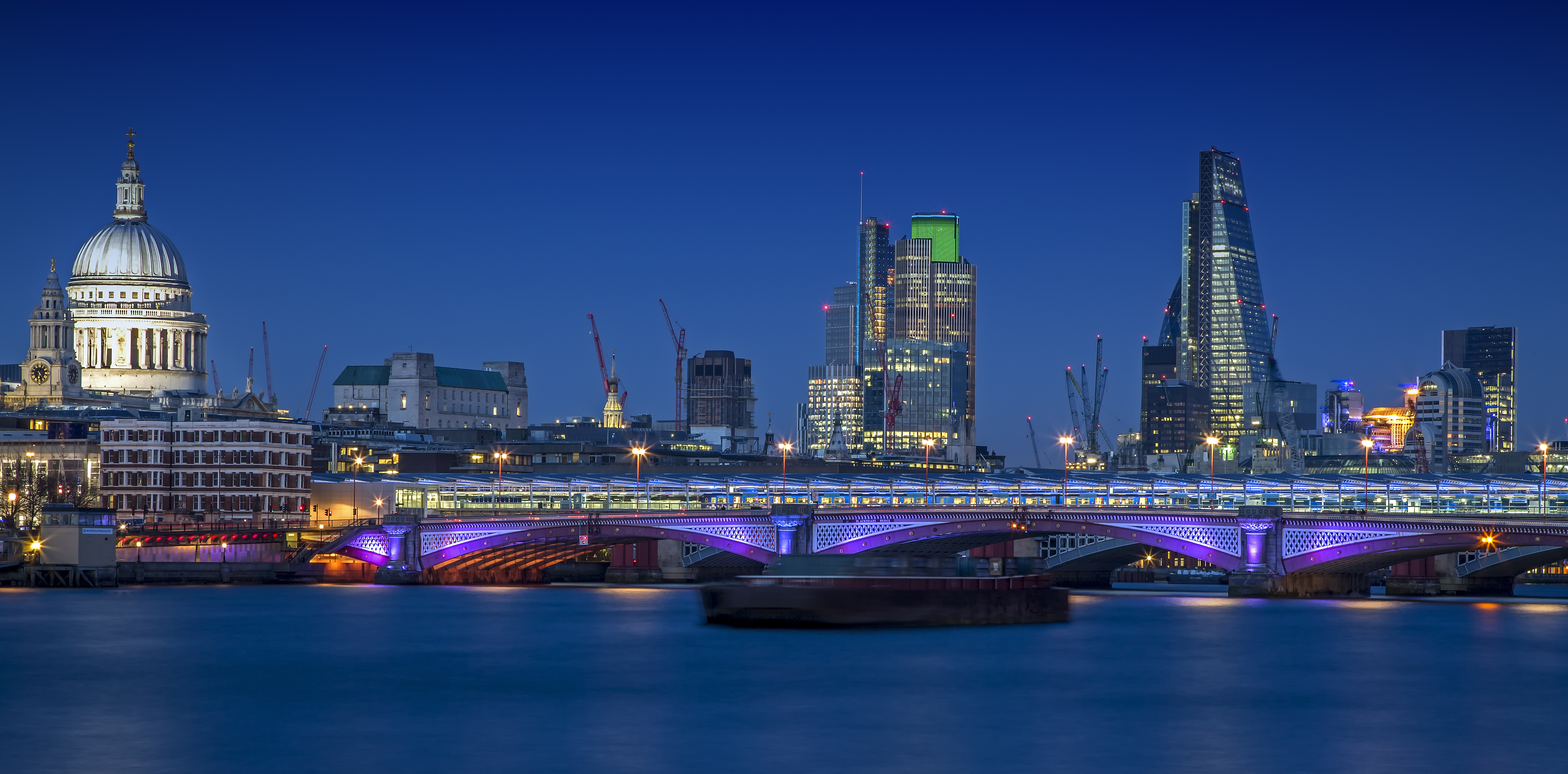 London-Skyline_crop